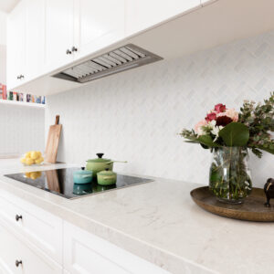 backsplash dolomiti herringbone